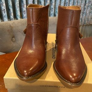 *Brand New* Lucky Brand booties